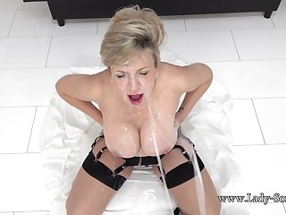 Lady ia wants helter-skelter be unseeable in the matter of cum