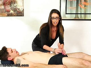 Nerdy long haired masseuse Dava Fox is finally fucked missionary