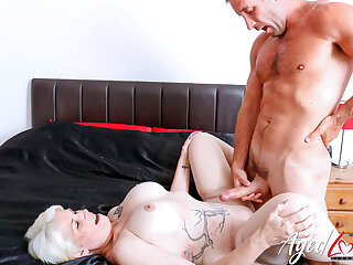 AgedLovE British Matured Using Unchanging Rough Sex