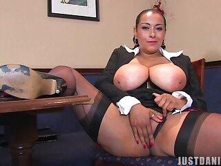 Video of desirable MILF Danica Collins pleasuring her cunt