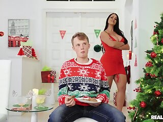 On Christmas, Miss Raquel gets the stiff dick she needs