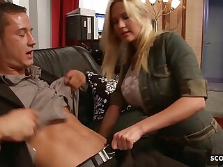 Big Bouncing Tits Nympho Craftswoman Seduce just about Fuck occurring