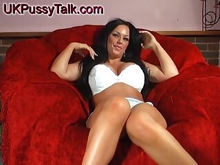 Smoking hot Kerry-Louise stretches her cunt with different toys