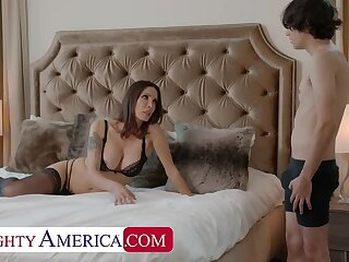 Naughty America: Shay Sights wants Ricky wide finish some chores and his cock!! on PornHD
