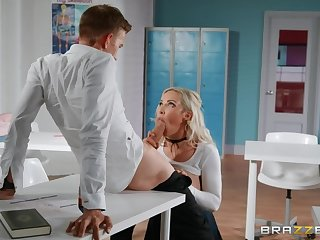 Unwitting teacher Danny D fucked Amber Jade right in the classroom