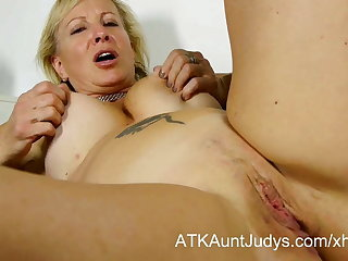 Nicole fingers their way stained mature pussy to get off.