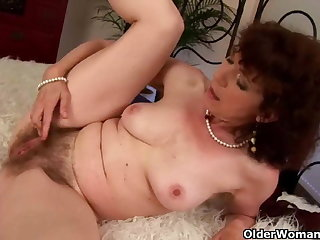 Old girl with furry pussy gets fucked