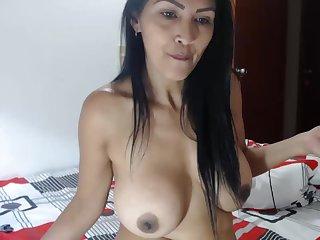 Venezuelan MILF Wants Me Round Touch Her Boobs!