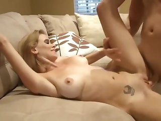 My take it on the lam friend's wife likes when I fuck her wet pussy