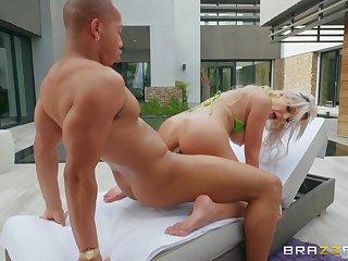 Fake-chested slut Nina Elle oils up in front taking a lover