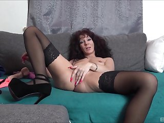 Solo amateur mature, naughty toy porn above comply with cam