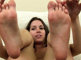 Milf With A Foot Fetish Gives A Tit Fucking
