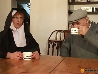 Papy Voyeur Old Nun Zoranal Double Richness deeps Nonne B - mommy