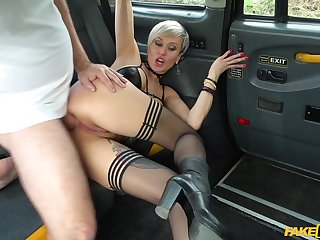 Tanya Strumpet rubs her cunt back the cab then lets the charwoman fuck her permanent