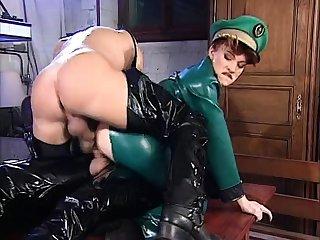 Amateur girlfriend copy anal penetration with creampie