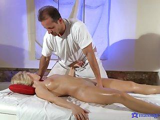 Soft massage leads elegant beauteous to a crazy XXX undertaking