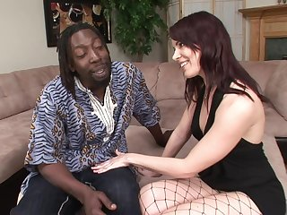 Tantalizing White mommy Analed By Black One-Eyed Snake